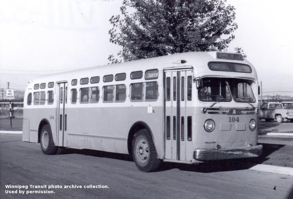 "Winnipeg Transit General Motors ""Old Look"" Bus photos"